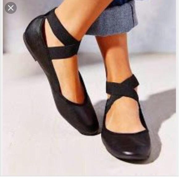7b857851240f8 Jessica Simpson Shoes - Jessica Simpson Mandalaye Ballet Flats